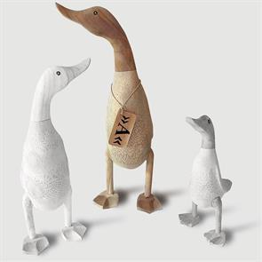 Ente »Anna« - groß beige-braun aufrecht ohne Schuhe