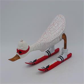 Ente »Dennis« - mittel nach vorn gebeugt weiß mit Ski