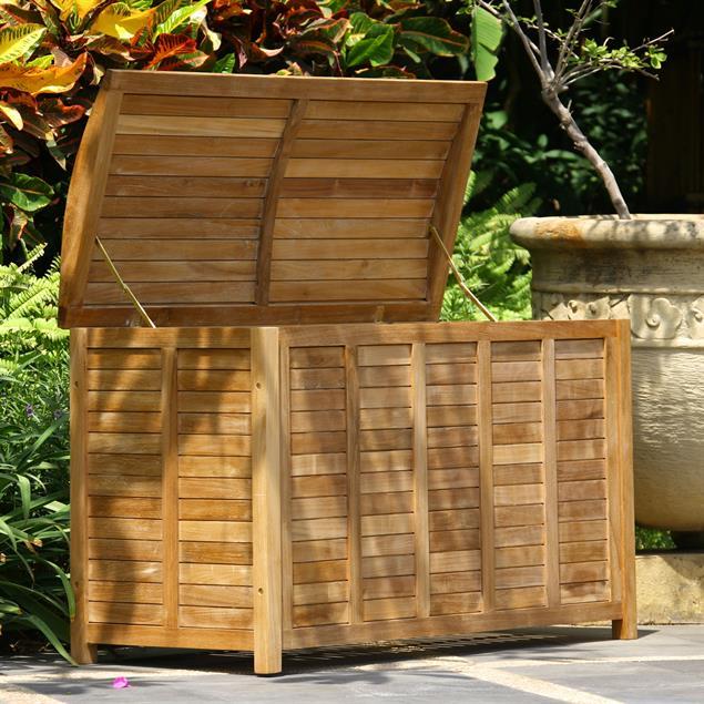 Gartentruhe mit geschwungenem Deckel groß 123 cm Teak mit Messingbeschlägen