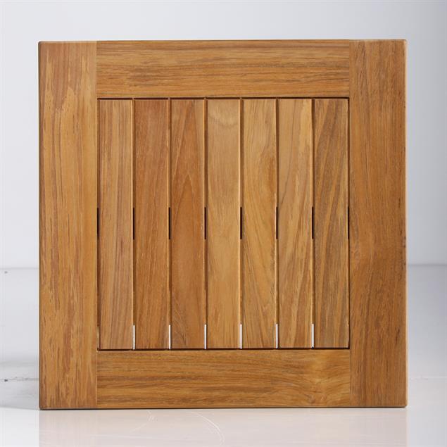 Briston Beistelltisch 45 x 45 cm mit Ablage Teak mit 6x6 cm Tischbeinen